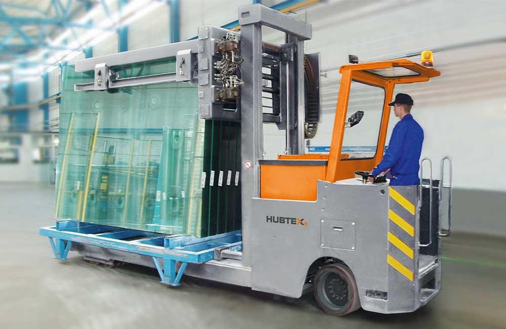 HUBTEX GTT – Glass Frame Transporter moving glass inside
