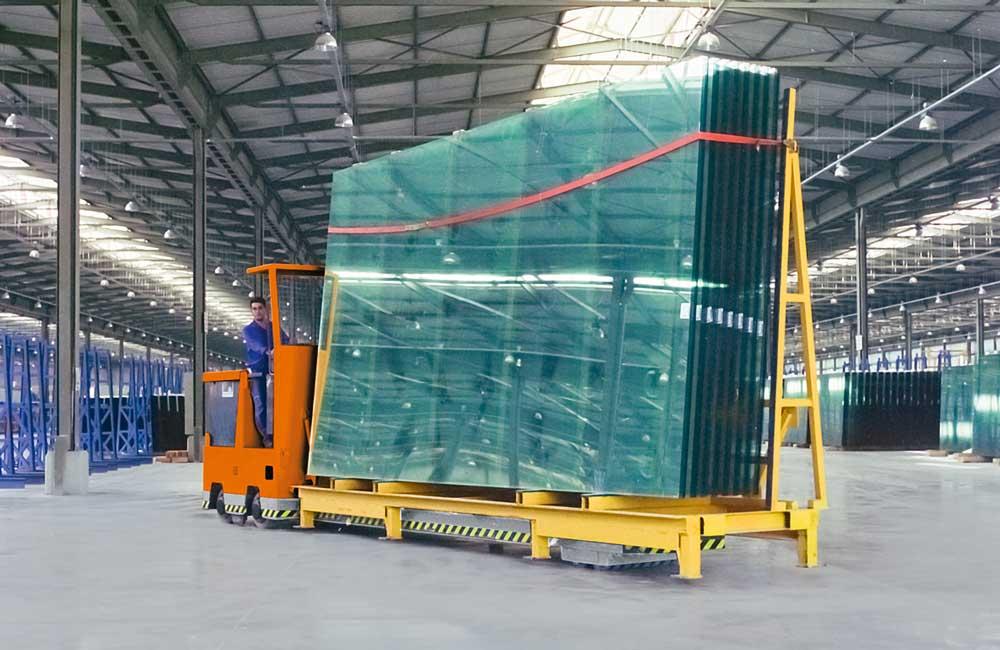 HUBTEX GTT – Glass Frame Transporter in warehouse