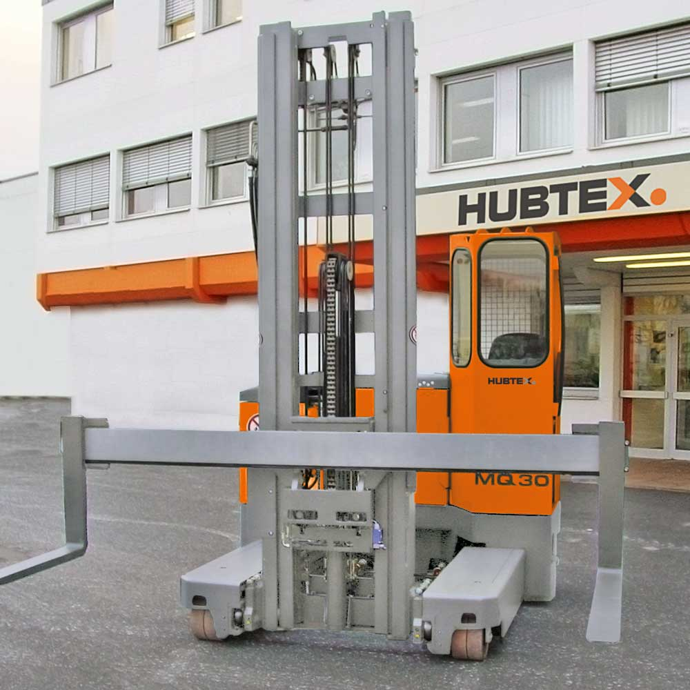 Hubtex MQ 30 with two-stage lift mast with full free lift (Duplex)